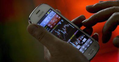 Scoperta l'app rivoluzionaria per smartphone che permette di investire su centinaia di titoli