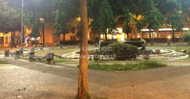 Aversa. Rissa e accoltellamento in Piazza Vittorio Emanuele