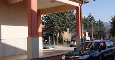 (FOTO) Droga e proiettili tra le case popolari: sequestro dei Carabinieri