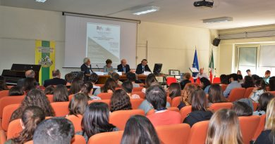 """Caserta. Premio letterario """"Anna Castelli"""" al liceo Manzoni"""