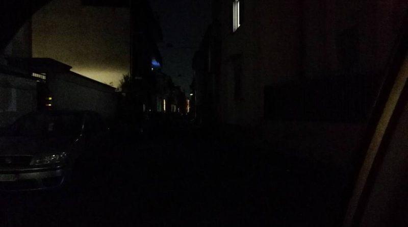 Rubano cavi rame strada senza illuminazione a napoli larampa.it