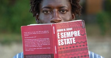 """Frattaminore. """"È sempre estate"""": lo scrittore Diouf presenta il suo romanzo alla scuola Novio Atellano"""