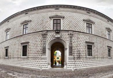 """Ferrara. Palazzo dei Diamanti, Sgarbi al ministro dei beni culturali: """"Richiami uffici a vigilare sul rispetto della legge"""""""