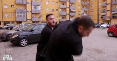 (VIDEO) Piervincenzi e troupe Rai aggrediti a Pescara