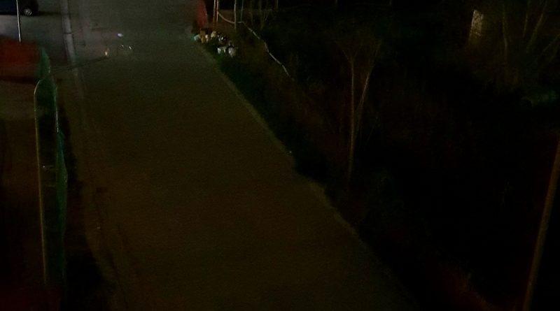Lusciano. Segnalazione cittadino: illuminazione pubblica assente in Via Torre Pacifico