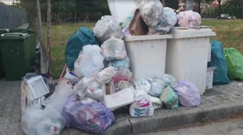"""(VIDEO) Aversa. Segnalazione Cittadino, residenti via Riverso: """"Noi sommersi dalla monnezza"""""""