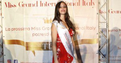 Miss Grand International, a Castello di Cisterna trionfo delle napoletane