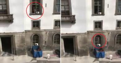 (VIDEO) Napoli. Assurdo a Castel Capuano: operai lanciano calcinacci dai balconi