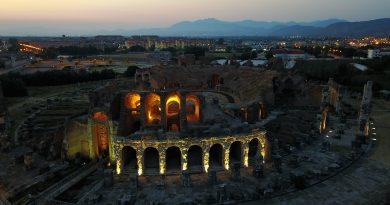 'Antica Capua di Notte', al via la rassegna all'Anfiteatro di Santa Maria Capua Vetere