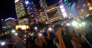 (VIDEO) Hong Kong, lunga catena umana come nel 1989