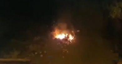 (VIDEO) Melito. Incendiati rifiuti in Via Salvatore Di Giacomo