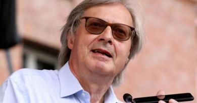 """Elezioni Aosta, exploit di Rinascimento. Sgarbi: """"Risultato formidabile. Nel capoluogo davanti alla Lega"""""""