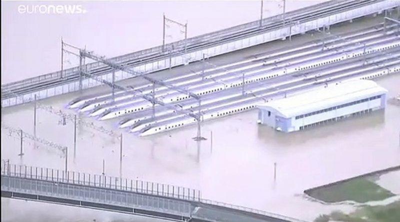(VIDEO) La furia del tifone Hagibis si abbatte sul Giappone