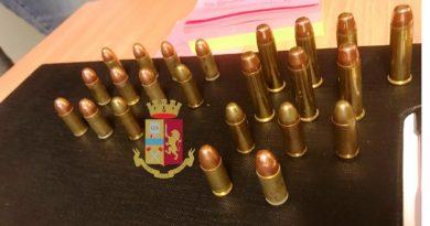 Pianura. Polizia sequestra 23 cartucce di vario calibro
