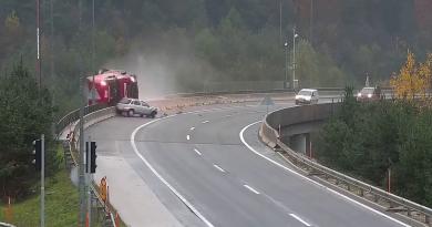 (VIDEO) Slovenia. Incidente mortale tra auto e tir