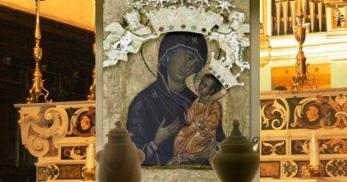 Aversa. Corona d'oro della Madonna di Casaluce: sarà riconsegnata dopo 3 anni