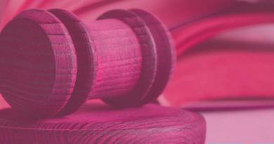 """SMCV. """"Il diritto è rosa. Donne giuriste in carriera"""", career day al Dipartimento Giurisprudenza UniVanvitelli"""