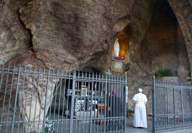(VIDEO) Santo Rosario di Papa Francesco