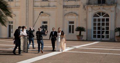 """Al vie le riprese di """"Guardami così"""" con Serena Autieri tra Caserta e Napoli"""