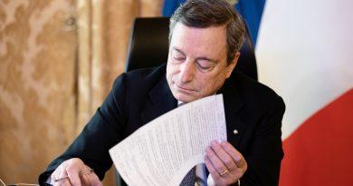 Covid e vaccino, Draghi firma DPCM: dal 1° luglio green pass validi in tutta UE